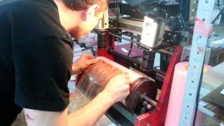 Наклейка флексоформы для печати этикеток(При флексопечати этикеток наклейка флексоформ производится на специальном оборудовании с телеобъективам..., 2014-05-02T14:14:20.000Z)