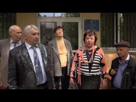 Разбой нацистов в Украине прикрывает полиция и поддерживает суд (СМ. ВИДЕО)