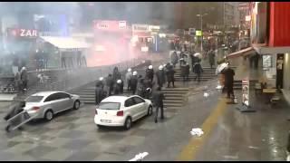 İstanbul'da HDP'nin katliamlara karşı yaptığı eyleme polis saldırısı