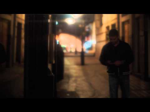 Chriss Ronson feat. Adri - Don't Look Down