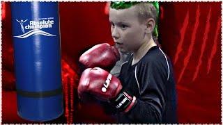 """9 ЛЕТ МАЛЬЧИК БЬЕТ ГРУШУ МИКС ФАЙТ  УФА ЧЕЛЛЕНДЖ Challenge Boxing Workout """"Combat Training VLOG"""