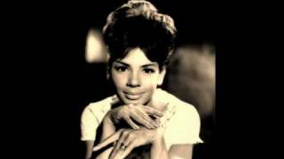 Shirley Bassey - Kiss me honey honey (kiss me) (1958)