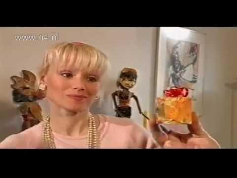 Melline mollerus in tv aflevering 39 knoop in je zakdoek for Net 5 achter gesloten deuren