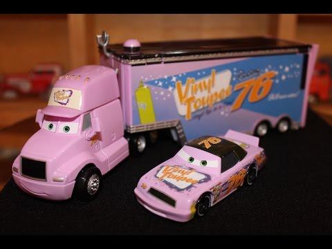Mattel Disney Cars Piston Cup Team Vinyl Toupee Crusty