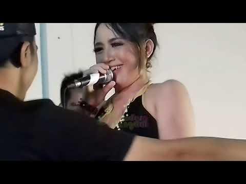 Aksi Gila Nia Jovanka Feat Tete Galaga Lewung