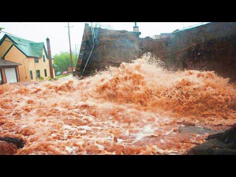 Massive LANDSLIDE and Terrible FLOODING hit the Nganjuk Regency, Java, Indonesia / Natural Disasters