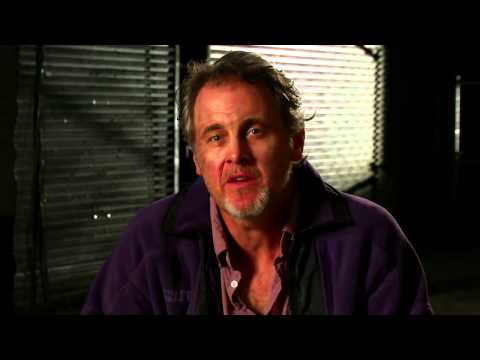 Mark Moses of Flare: The Hunt