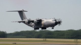 Airbus A400M - Demonstration of manoeuvrability