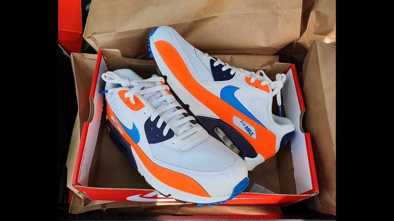 NIKE Air Max 90 essentials white blue orange