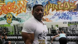 "Dexter ""The Blade"" Jackson Arm Workout"