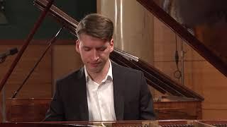 Łukasz Chrzęszczyk – F. Chopin, Etude in G flat major, Op. 10 No. 5 (First stage)