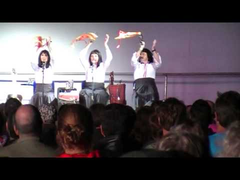 Kransky Sisters Live - Superstar - Welcome to The Stage