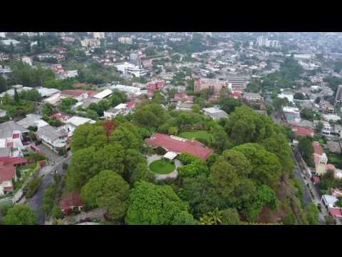 Vista con Drone Parte Alta Colonia Escalón, San Salvador