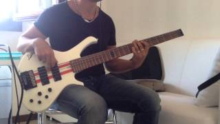 Bottom of your soul -Toto -  (Bass cover)