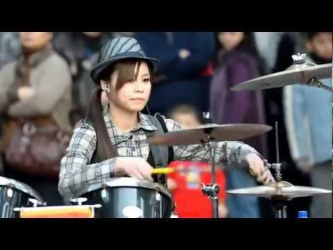 Drummer Girl Slam Dunk