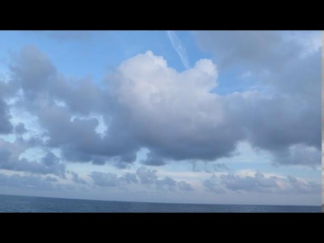 Núvols baixos gruixuts, sinònim d'un mar molt càlid - Garraf - Agost 2020