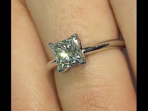 1.25 ct Princess cut Diamond Engagement Ring in Solitaire