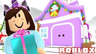 TOURING PAW FAN HOUSES IN MEEP CITY! ROBLOX GAMING
