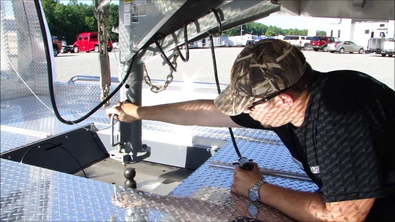 How To Hook Up A Gooseneck Trailer For Safe Towing Youtube Breakaway Wiring Diagram Premium