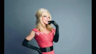 Fergie - Clumsy (Lyrics)