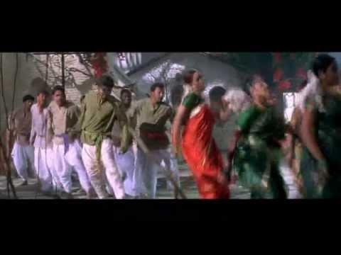 Ghilli 2004 - Apdi Pode Pode - Vijay Ilayathalapathy & Trisha krishnan