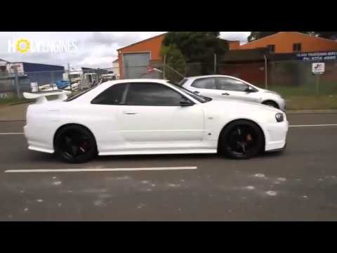 Nissan Skyline R34 GT-R ACCELERATION ! ITS CRAZY !!
