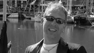 Marco Roodhuizen - Ik wil dat je hier blijft ( officiële videoclip )