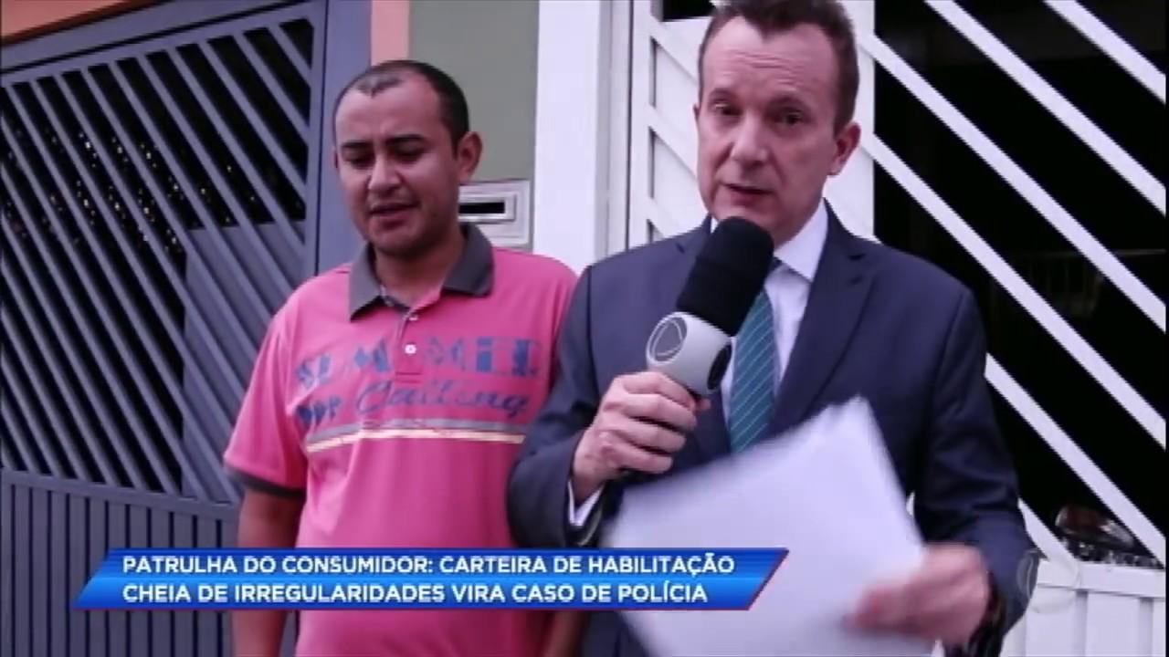Patrulha do Consumidor: carteira de habilitação cheia de irregularidades vira caso de polícia
