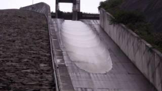 2009奈良俣ダム放流