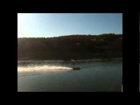 rc tunnel hull. dumas hotshot sprint 7.5cc kit#1328 - YouTube