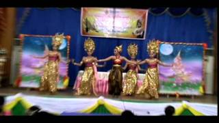 นาฏศิลป์ไทยสร้างสรรค์ โรงเรียนอนุบาลไพรบึง ปี2554