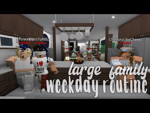 LARGE FAMILY WEEKDAY ROLEPLAY | BLOXBURG