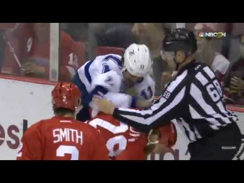 Ott Lands Hard Hit on Cedric Paquette Tampa Bay Lightning vs Detroit Red Wings 11/15/16