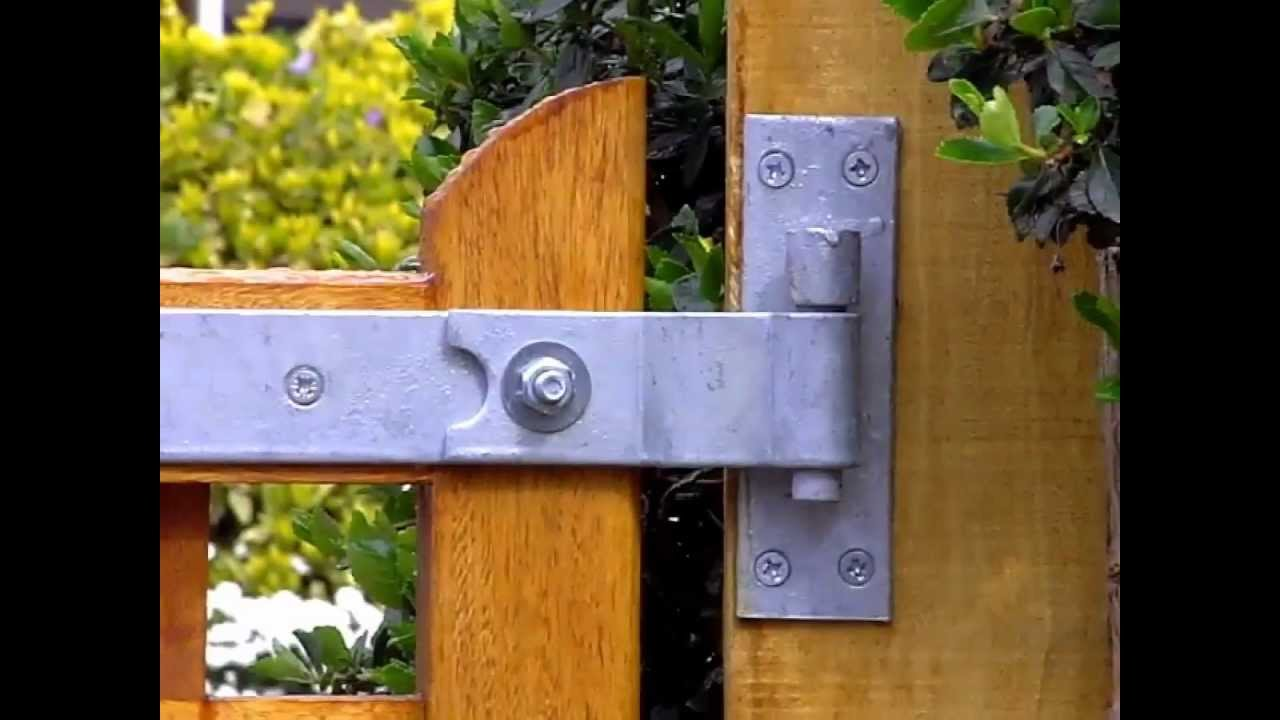 A Tip To Make Sure You Wooden Gates Cannot Be Lifted Off