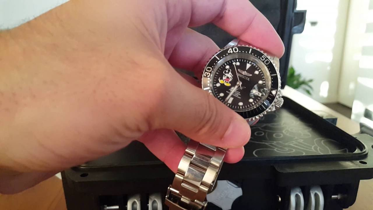 Review: invicta limited edition popeye grand diver character watch.
