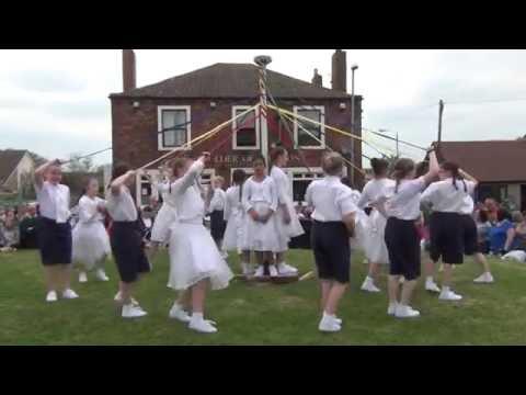 Gawthorpe Maypole Plaiting 2014