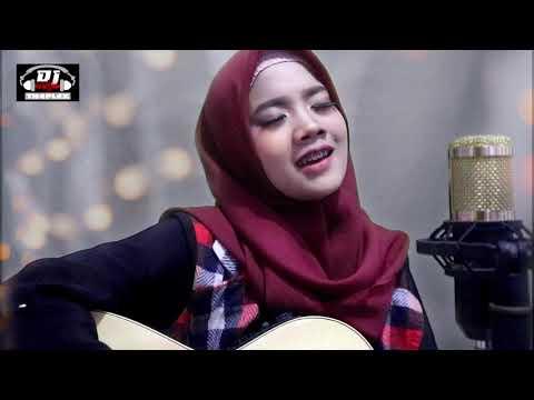 Cinta Luar Biasa (Andmesh  Kamaleng)  Cover By Eka Ayu
