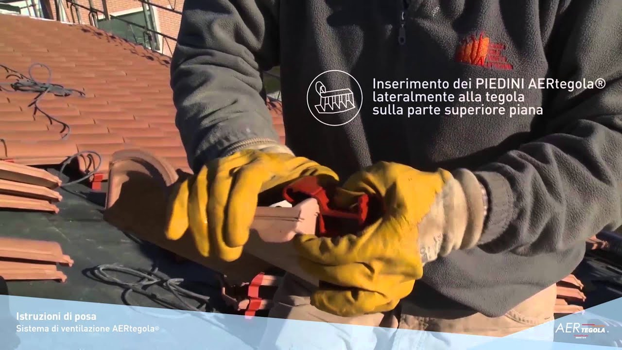 Aertegola video montaggio tegole portoghesi su tetto for Montaggio tetto in legno ventilato