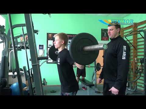 Шклоўскія паўэрліфцеры прывезлі з Кубка Рэспублікі залаты і сярэбраны медалі