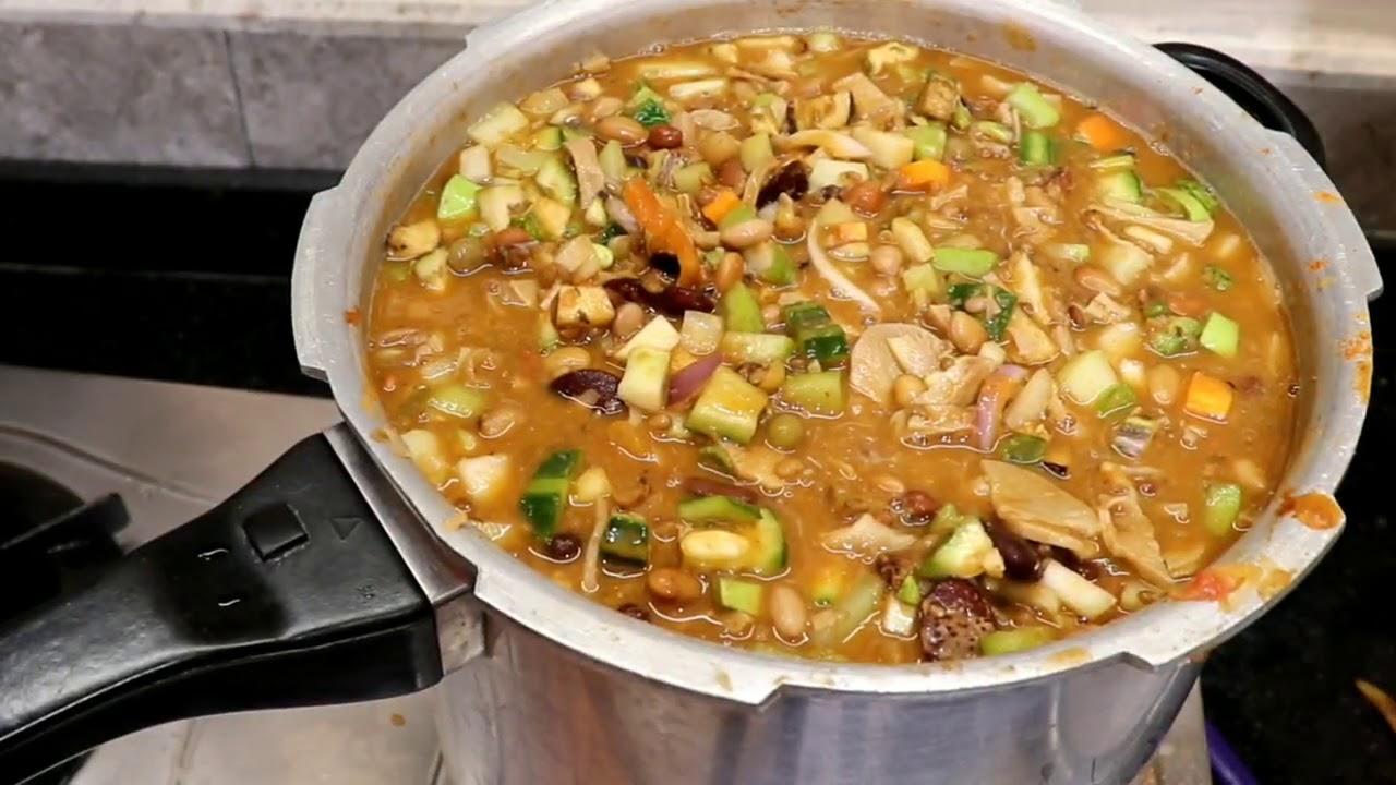 ವರ್ಷಕ್ಕೊಮ್ಮೆ ಯಾದರೂ ತಿನ್ನಿ ರುಚಿ ರುಚಿಯಾದ ಕರಳೆ ಸಾರು   Karale Samber Recipe in Kannada