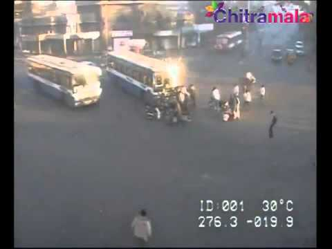Breaking News: A terrific accident  Mj Market (Hyderabad) today  - YouTube.flv