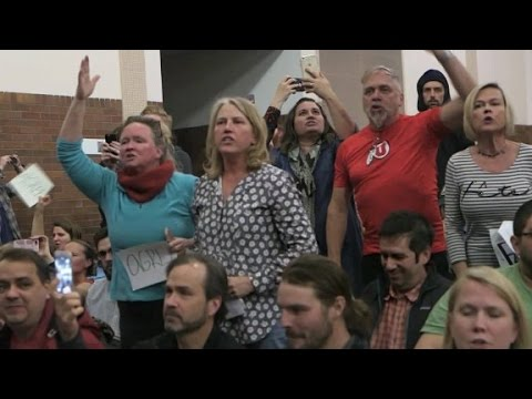 Protesters disrupt GOP gathering in Utah