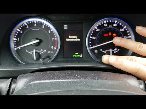How to reset the maintenance light on a 2018 Toyota highlander