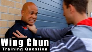 Wing Chun training - wing chun how to deal with throat grab in the street Q32