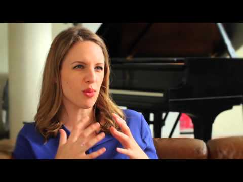 Meet Jessie Mueller | Behind the Scenes of BEAUTIFUL -- THE CAROLE KING MUSICAL