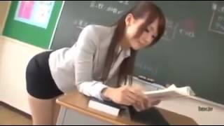 有這種美女老師,有誰不想乖乖上課!!