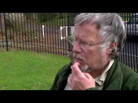 Bill Oddie Visits Psychiatric Centre - Who Do You Think You Are?