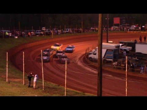 Winder Barrow Speedway Modified Street Feature Race 3/26/16