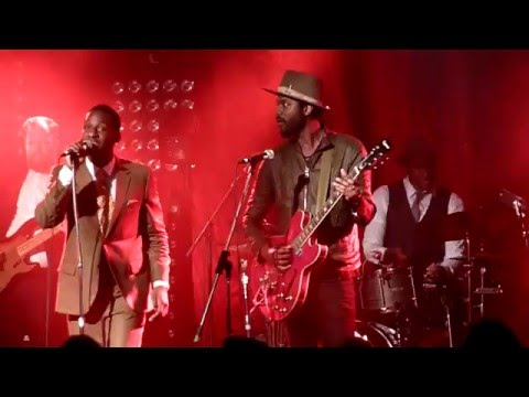 Mississippi Kisses  - Leon Bridges & Gary Clark Jr - Sydney Metro - 3-1-2016