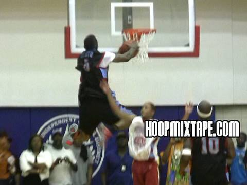 J.R. Smith With The Clutch Dunk At The Vince Young Celebrity All Star Game